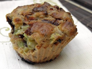 muffinka z rabarabarem i czekoladą