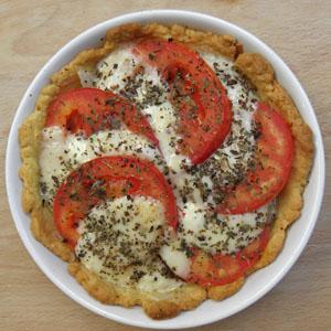 Tarta z mozzarellą i pomidorami