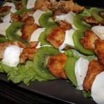 Kurczak z mozzarellą i kiwi