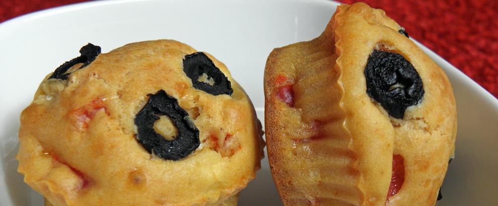Muffinki z oliwkami i fetą