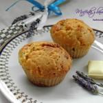 Muffinki z lawendą i białą czekoladą
